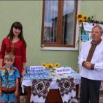 Старосамбірські письменники біля своїх книг